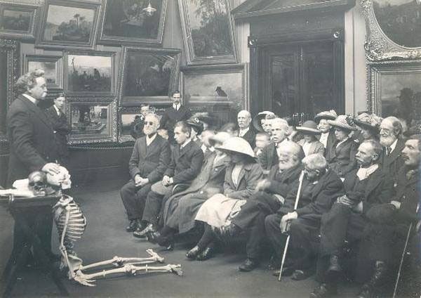 Human anatomy discussion for the blind 1913