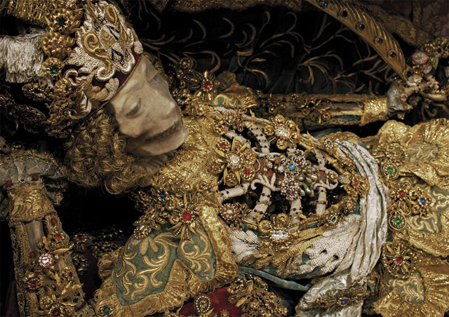Heavenly Bodies by Paul Koudounaris features photos of Europe's jeweled skeletons of Christian saints
