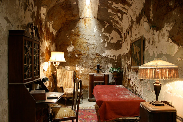 Al Capone's luxurious jail cell in Philadelphia's Eastern State Penitentiary