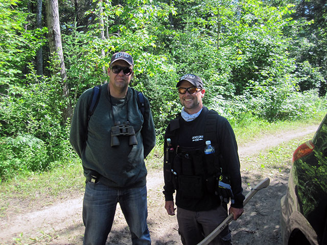 Monster Hunters searching for Bigfoot