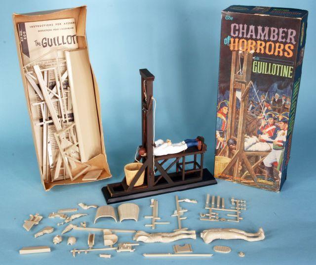 Polar Lights Chamber of Horror guillotine model kit