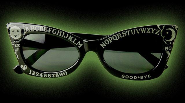 Lindsay Lowe ouija glasses