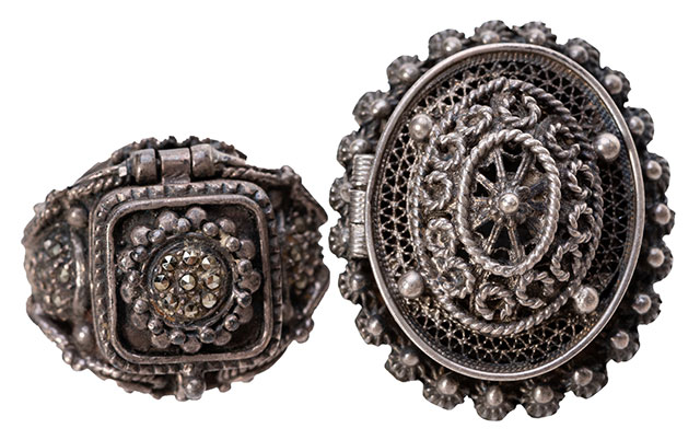 Antique poison rings