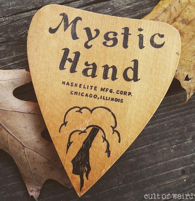 Mystic Tray ouija board planchette